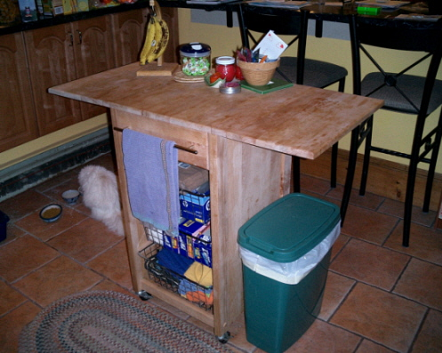 our lovely kitchen cart